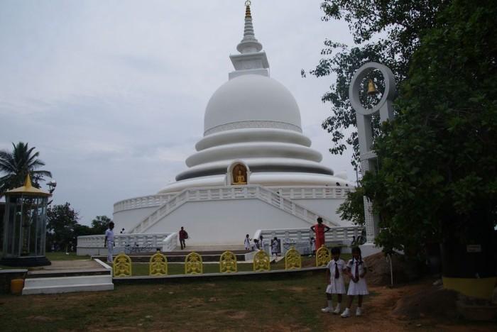 Peace-Pagoda-Unawatuna02