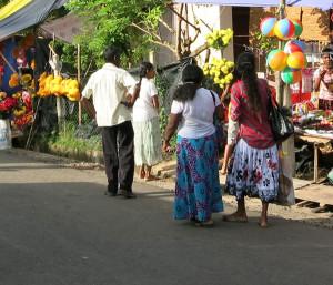 Menschen in Unawatuna